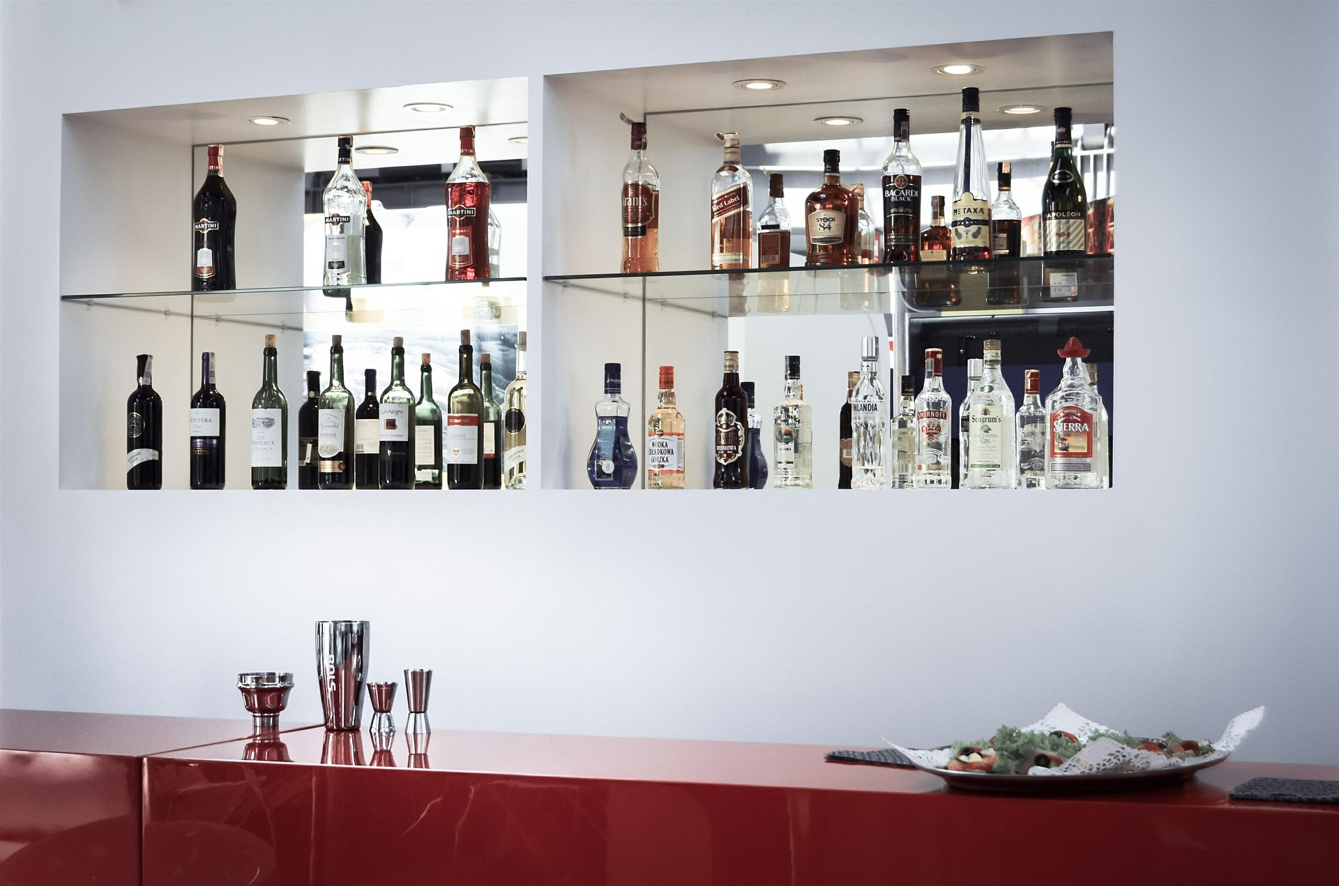 You don't need many ingredients to enjoy a quality mixed drink at your home cocktail bar.